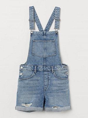Shorts & kortbyxor - H&M Hängselshorts i denim blå