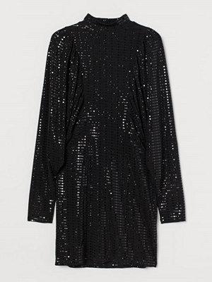 H&M Skimrande klänning svart