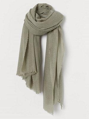 H&M Vävd scarf i ullmix grön
