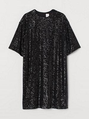 H&M Paljettbroderad klänning svart