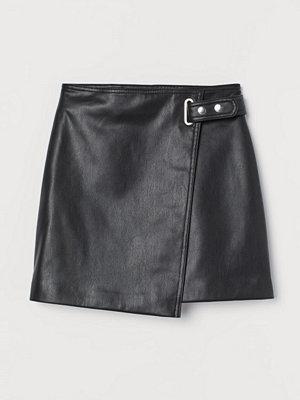 Kjolar - H&M Omlottkjol i fuskläder svart