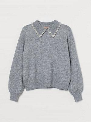 H&M H & M+ Stickad tröja med krage grå