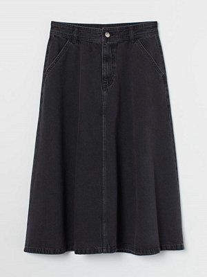 Kjolar - H&M Knälång jeanskjol svart