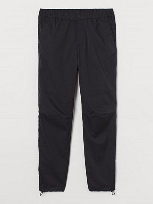 H&M Joggers Slim Fit svart