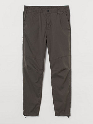 H&M Joggers Slim Fit grön