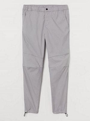 H&M Joggers Slim Fit grå