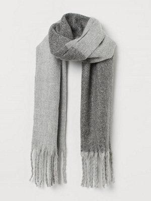 H&M Borstad scarf grå