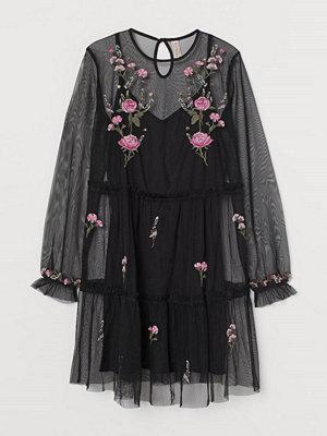 H&M Meshklänning med broderier svart