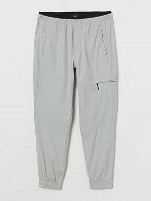 H&M Joggers Regular Fit grå