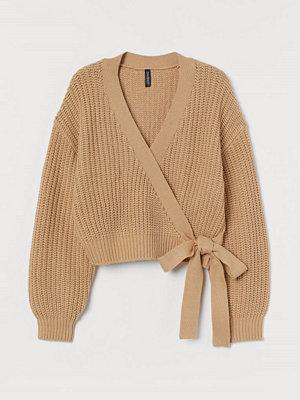 Tröjor - H&M Stickad omlottröja beige