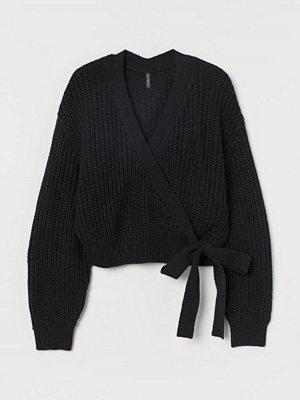 Tröjor - H&M Stickad omlottröja svart