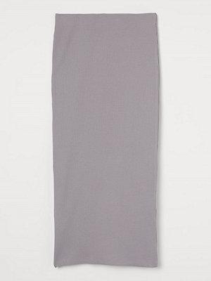 H&M Ribbad kjol grå