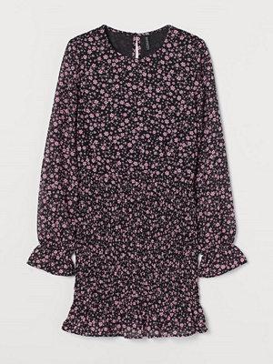 H&M Klänning med smock rosa