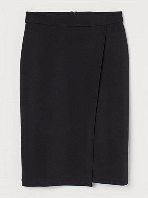 H&M Pennkjol med omlott svart