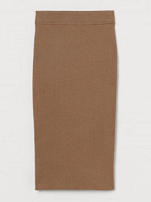 Kjolar - H&M Ribbstickad kjol beige