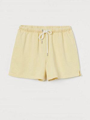 Shorts & kortbyxor - H&M Sweatshirtshorts gul