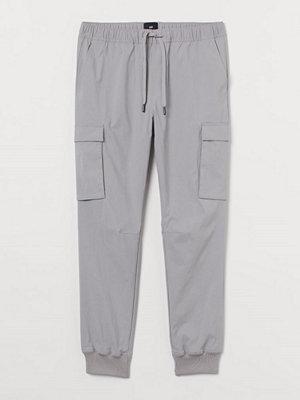 H&M Cargojoggers Slim Fit grå