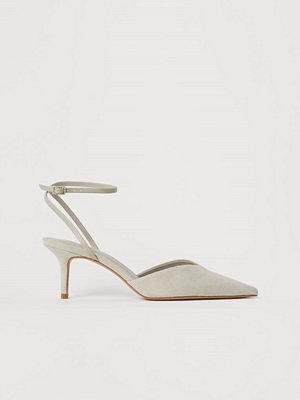 Pumps & klackskor - H&M Sandaletter i mockaimitation beige