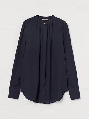H&M Blus med lagda veck blå