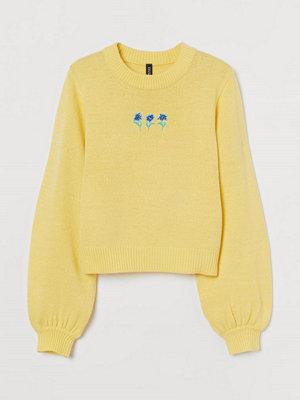 H&M Stickad tröja med broderier gul