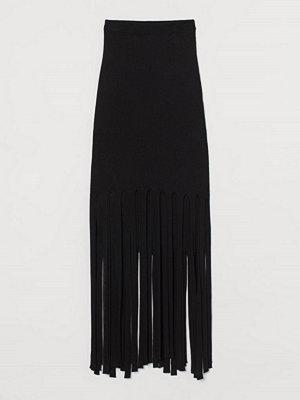 H&M Ribbad kjol med fransar svart