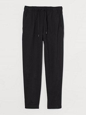 H&M svarta byxor Pull on-byxa i lyocellmix svart
