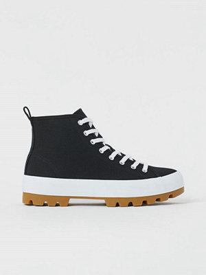 H&M Ankelhöga sneakers svart
