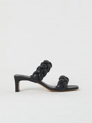 H&M Flätade sandaletter svart
