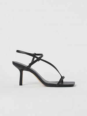 Pumps & klackskor - H&M Sandaletter med kantig tå svart