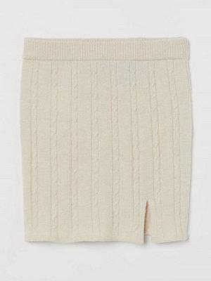 H&M Kabelstickad kjol beige