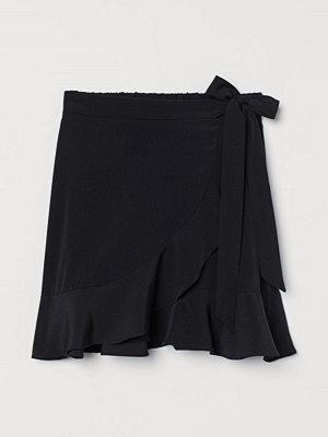 Kjolar - H&M Omlottkjol med volang svart