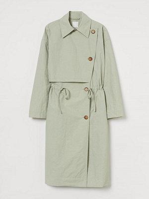 H&M Trenchcoat grön