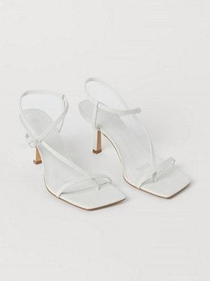 H&M Sandaletter med kantig tå vit