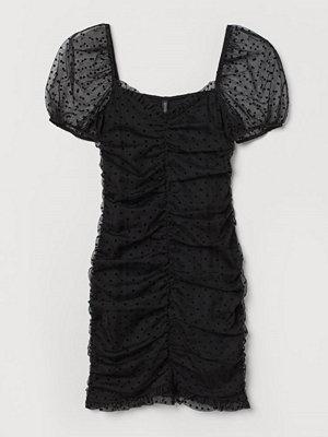 H&M Rynkad klänning svart