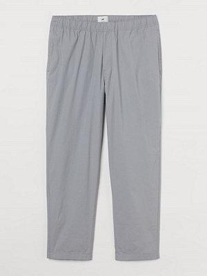 H&M Byxa i bomull Relaxed Fit grå
