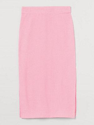 H&M Knälång kjol rosa