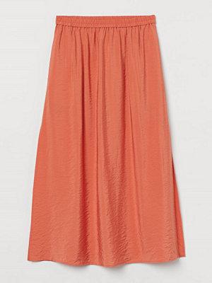 H&M Lång kjol med slits orange