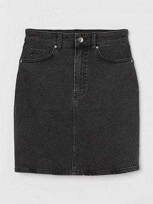 H&M Mom Fit Jeansskjol grå