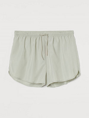 H&M Träningsshorts High waist grön