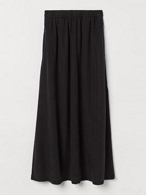 H&M Kjol med slits svart
