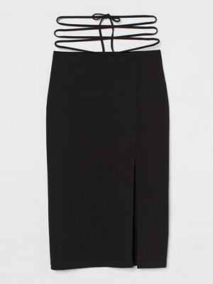 H&M Kjol med knytband svart