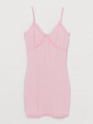 H&M Ribbad klänning med spets rosa