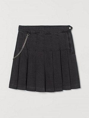 H&M Veckad denimkjol svart