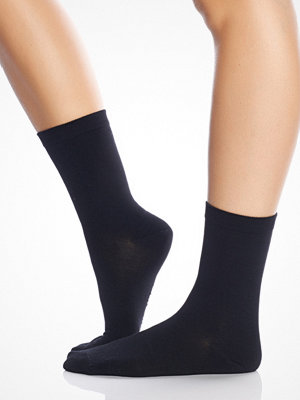 Frank Dandy Women's Bamboo Sock Solid Black