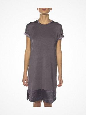 Nattlinnen - Femilet Cloe Big Shirt Warmgrey