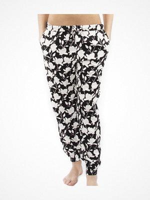 Calvin Klein Woven Viscose Jogger 17 Black pattern-2