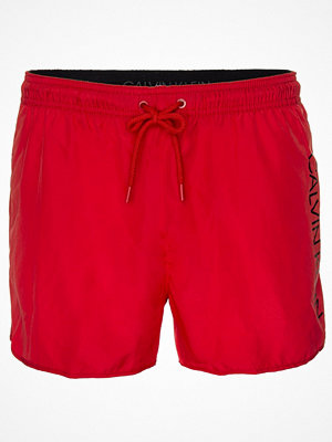 Badkläder - Calvin Klein Core Solids Short Runner Swim Shorts Red