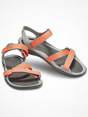 Tofflor - Crocs Swiftwater Webbing Sandal W Coral