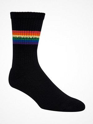 Strumpor - Calvin Klein Gerald Pride Short Crew Sock Black