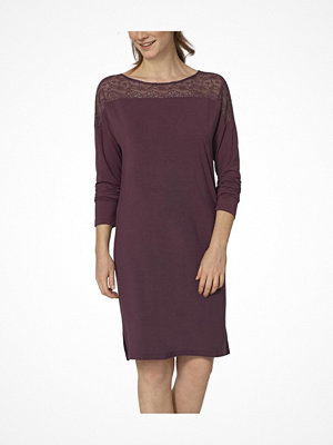 Triumph Lounge-Me Amourette Night Dress  Plum